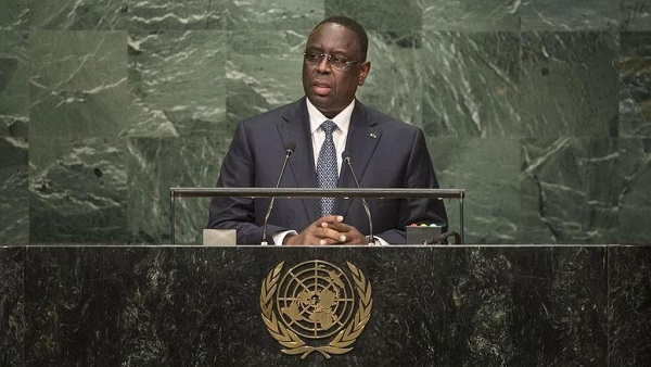 Photo of Senegal closes schools, bans independence day events over coronavirus