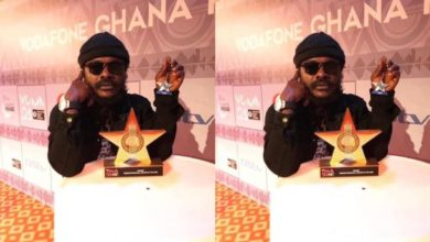 Photo of Ras Kuuku debunks rumours that his VGMA Award Plaque is missing [WATCH VIDEO]