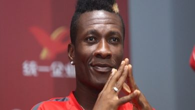 "Photo of Popular UK news website reports Asamoah Gyan as currently ""Broke"" and suffering ;Ghanaians heat and react on twitter"